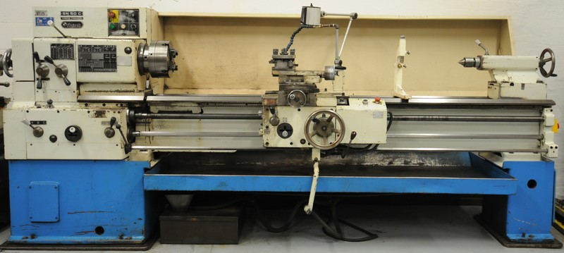 TOS gap bed engine lathe Image