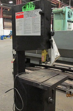 "DAYTON 15"" Vertical Band Saw Image"