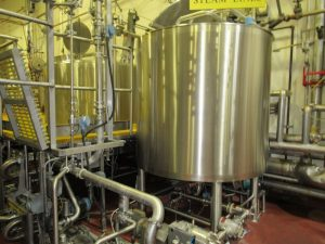 CS112 – Stainless Process Equip holding tank 1