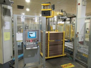 CS133 – Skilled 504 robotic palletizers