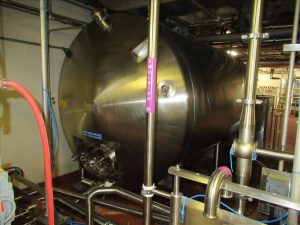 CS025 – Stainless Process Equip horizontal storage tank