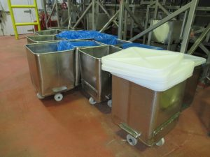 CS096 – Stainless totes